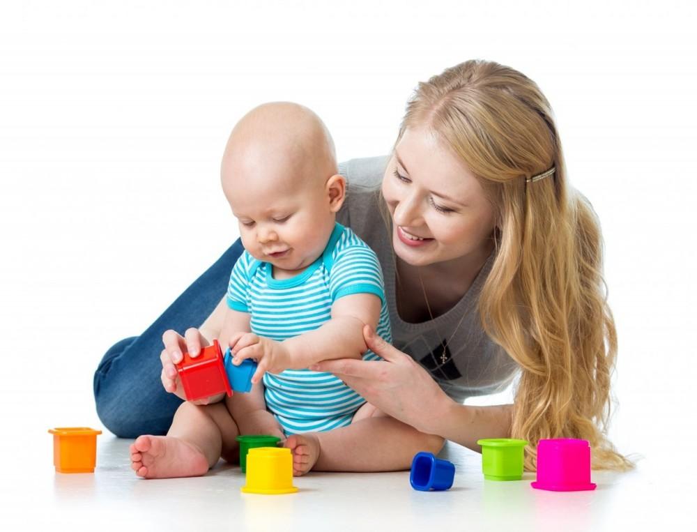 развивающие игры картинки детям до года участвую помогаю выборе