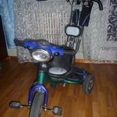 Lexus trike – трёхколёсный велосипед для детей  от 1 до 4-х лет,резиновые колеса,муз фара
