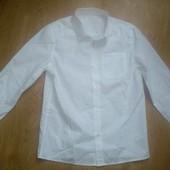 Новая нарядная белая рубашка с длинным рукавом 9-10 лет