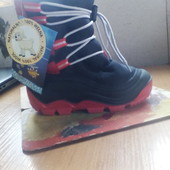 Польские ботинки не промокаемые на густой овчинке. 27\28-18 см стелька