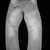 джинси з динозавриками на 3-5 років.