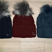 Теплые женские шапки-Зима-на флисе с бубоном!Качеством останетесь довольны!цвет бордо