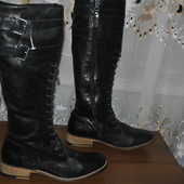Добротные,из мягкой кожи теленка,высокие сапожки бренда Dune р 38 ст 24.5 см изнутри,качество