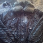 Новая куртка на подростка демисезонная.