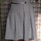 Очень красивая фирменная теплая юбка George. Размер 18. Смотрите и другие мои лоты.