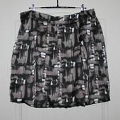 Красивенная юбка  M&S с необычным абстрактным принтом и складками