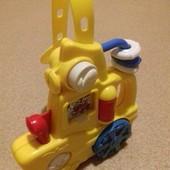 Развивающая игрушка от Disney.