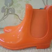 Модные, яркие силиконовые ботинки!!!Качество отличное!!!