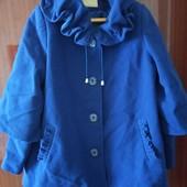 Пальто 52-54 размер в новом состоянии