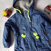 Продам крятезну куртку-вітровку на хлопчика 1-3роки(див.заміри) без слідів носки,не секонд, якість!