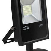 Прожектор светодиодный LED с датчиком движения 20w IP65