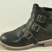 Демисезонные женские ботинки. Любая пара на выбор.