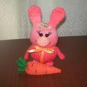 Зайка с морковкой. ручной работы
