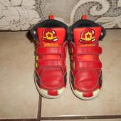 демисезонные ботинки Адидас в хорошем состоянии, стелька - 15,5см.