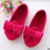 Продам туфельки для девочки.
