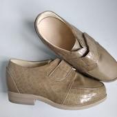 Туфли, ортопедична стелька,+ бока тримають ножку! для рівної ходьби!