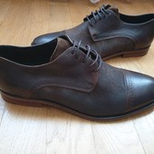 Minelli  Туфлі повністю із натуральної шкіри зовні і всередині і підошва 41 рр і устілка 27,5 см