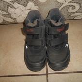 Демисезонные кожаные ботинки Суперфит горе тех в хорошем состоянии, стелька - 22,5см.