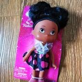 Прекрасна лялька!!)