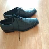 Фирменные, полностью с кожи мужские туфли 41 размера и стелька 27,5 с носком