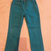Разные джинсы мальчику от 4 до 7 лет.  Одни на выбор