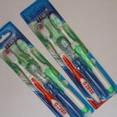 Зубные щетки  4  взрослые + 2 детские. В  лоте все  что на  фото 1.