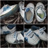 кроссовки для малыша 12-13см стелька или кеды 10-11 см