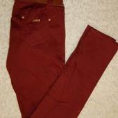 Узкие штаны от Германского бренд Таккоа