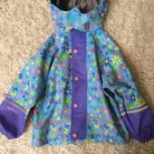 Курточка-дождевик р.104 в новом состоянии