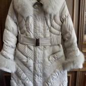 Женское зимнее пальто размер L.