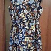Фирменное летнее платье в отличном состоянии р. 16-20