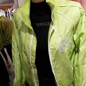 Молодежная куртка - ветровка спортивного стиля, на р.164, с вышивкой College girl, на молнии.Р.л-хл