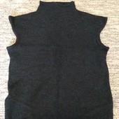 утепляемся.  фирменный свитерок S, M