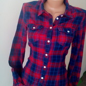 Фланелевая √√ тонкая ,яркая рубашка ,в хорошем качестве и состоянии.