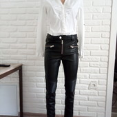 Стоп! Новые, фирменные,шикарные, брюки под кожу!