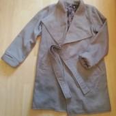 Пальто на запах новое