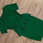 Изумрудного цвета платье размер M-L