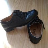Туфлі оксфорди 37 розмір.