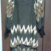 Фирменное новое теплое красивое платье с двойным ассиметричным низом р. S(8-12)
