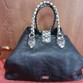 Вместительная классная сумка!!!