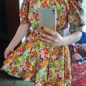одним лотом продам 5 платьев 46 размера