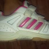 Кроссовки adidas оригинал,35размер