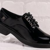 Новинка!!!Туфли кожа -лак на низком ходу черные на шнуровке, р-р 35, 40. Полномерные!!!