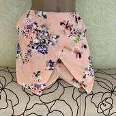 Красивые лёгкие шорты-юбка Atmosphere, люкс сток. Ткань не тянется, сзади на молнии, с карманами