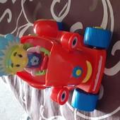 Иннерционная машинка для малышей.