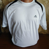 Мужская качественная футболка бренда Adidas. Размер M.