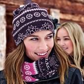 ☘ Веселая зимняя шапочка на флисе с орнаментом от Tchibo( Германия), размер универсальный