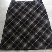 Фирменная шерстяная юбка в отличном состоянии р. 16-18