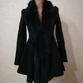 Гарне і модне пальто