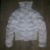 Теплая деми куртка frf р.м в отличном состоянии